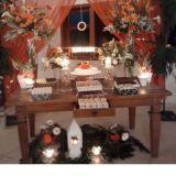 Loca��o de mesas de bolo de madeira de demoli��o