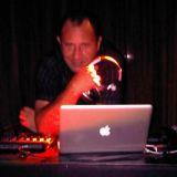 DJ A Festa � Sua DJ - O melhor para seu evento
