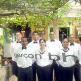 Diones Garcon E Equipe