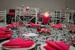 Detalhe das mesas dos convidados.