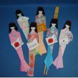 Bonecas em origami