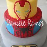 Cake & Show-by Daniele Ramos