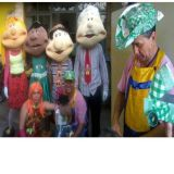 Tio Feliciano e seus bonecos