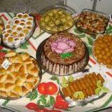 Kit Festa Com Torta, Salgados E Doces