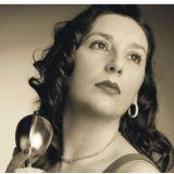 Luciane Valle (Cantora)
