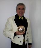 Mágico Marcondes (mágico e Ventriloquo)