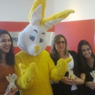 contratar o coelho da pascoa para festa de confrat