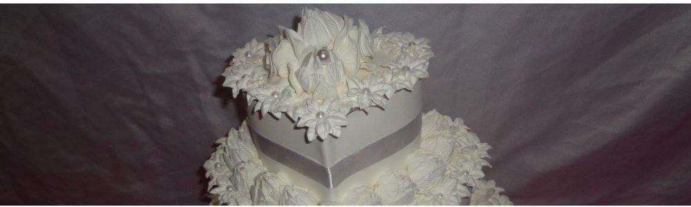 Decorações interiores e bolos fake