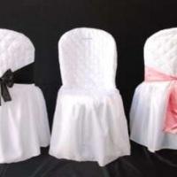 Capas de Cadeiras: R$2 a unidade. Laços: R$1,00 a unidade.  *R$2,50 (Aluguel da capa c/ laço)