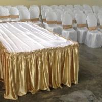 Mesa de buffet c/ TampãoRetangular 2,10x1,10. R$80,00