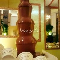 Nossa máquina grande com 01 metro de fonte do nosso delicioso chocolate ao leite Belga.