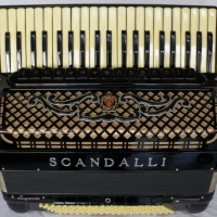 Scandalli Melodiana Super VI Duplo Cassoto (Dupla Ressonância) Impecável. R$ 20.000,00