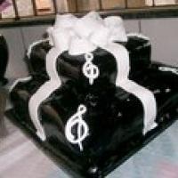 bolo de aniversario de notas musicais