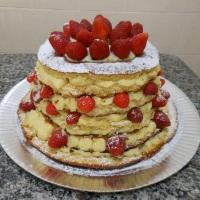 Naked Cake de morango.