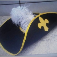 Chapéu mosqueteiro sob medida