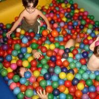 kit basico piscina de bolinhas para festa infantil muita alegria 3641-0231