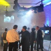 Santos SP, aluguel de telão, projetor, datashow e iluminação, Palco e Praticavel e Caixas de Som par