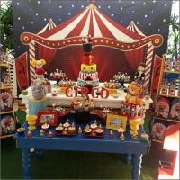 Festa Circo Painel sublimado Circo, mobiliários e acessórios.