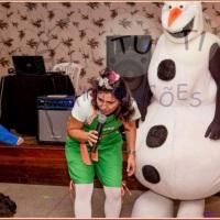 Anna Elza e Olaf..Musical Frozem completo em seu evento.