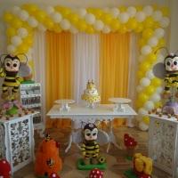 Salão decorado - Abelhinha.