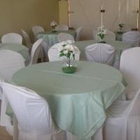 Aluguel de toalhas, mesas, cadeiras, forros para pequenos eventos