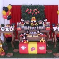 Decoração rústica Mickey