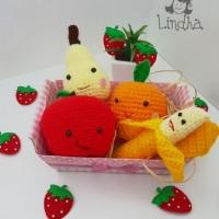 Frutas em amigurumi
