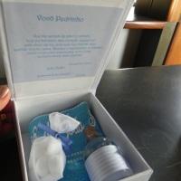Caixa cartonada para kit lembrancinha de padrinhos
