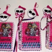 Caderno de Anotações personalizados e lápis decorado.