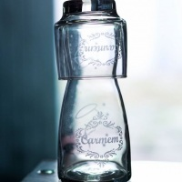 Moringa e copo personalizados com jato de areia. #artevidro #presentes