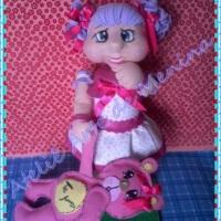boneca modelada Milena e ursinha