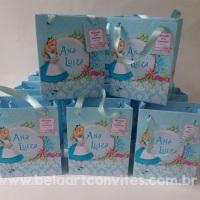 Sacolinhas personalizadas Alice no país das Maravilhas