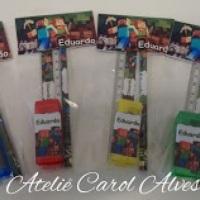 Kit Escolar...contém 1 lápis..apontador e régua...todos personalizados  no tema solicitado