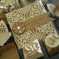 Convite de casamento, porta docinhos e caixinha de lembrança