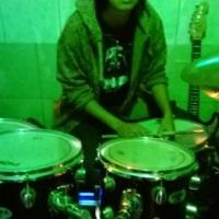 nossa baterista