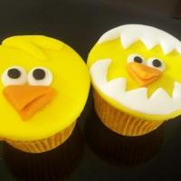 Cupcake Pintinho amarelinho