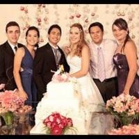 Noivos Leandro e Vivienne, e Padrinhos