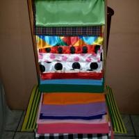 Toalhas e sobretoalhas de mesa de convidados de diversas cores