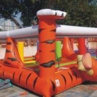 Kid play tigrão