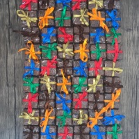Brownie 5x5. Sabores: tradicional, paçoca, tradicional com nozes, red velvet, oreo, chocolate branco