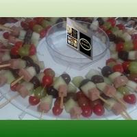espetinhos de finger food