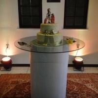 Sala do bolo aniversário adulto