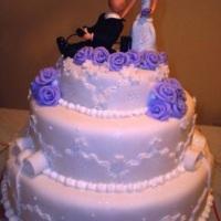 bolo de casamento lilás