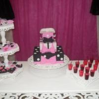 festa rosa preto e branco