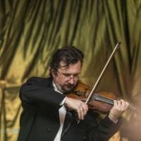 """Solo de violino no evento """"Baile Imperial"""" no Spa do Vinho. Bento Golçalves, RS"""