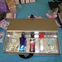 Tenho todos os perfumes a pronta entrega.