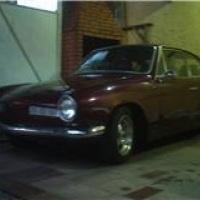Karmann Ghia TC Roxo