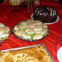 Tortas salgadas, mini sanduiches etc
