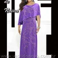 Vestido mãe do noivo violeta escondendo os braços sem tirar a mobilidade, muito confortável e elegan