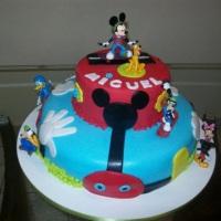 Bolo A Turma do Mickey